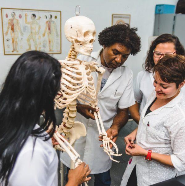 frasce-alunos-anatomia